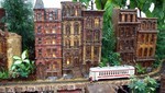 The model train passes tenements in lower Manhattan.  Photo by Phil Hopp.